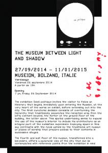 The museum between light and shadow